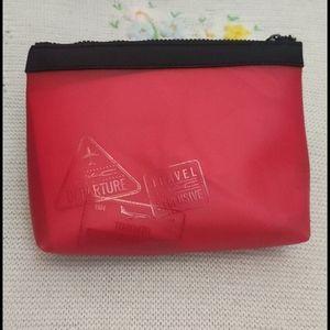 MAC Cosmetics Travel pouch